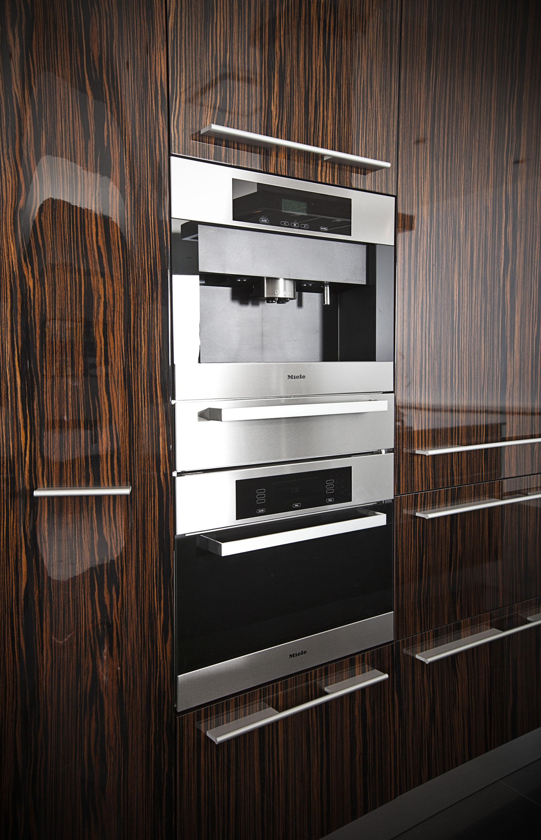 Three Harbour Green Condo Photography Oven